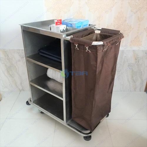 Xe dọn vệ sinh làm buồng phòng khách sạn